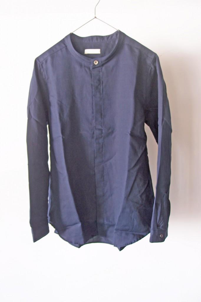 niuhans/スタンドカラーシャツ 紺